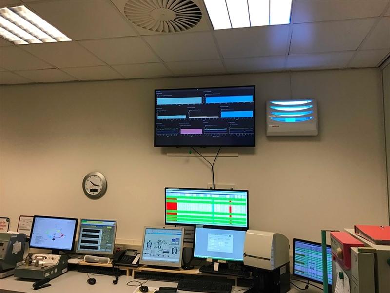 mm-karton-control-room.jpg